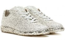 مجموعة من الأحذية الرياضية الرائعة يمكنك ارتداؤها ليلة زفافك