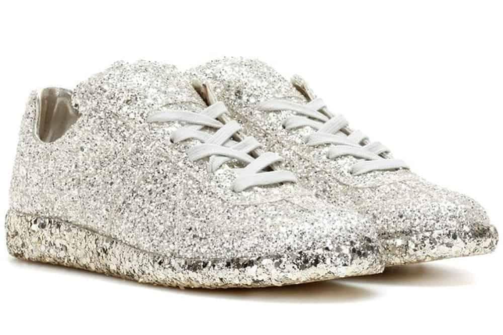 أحذية رياضية للزفاف