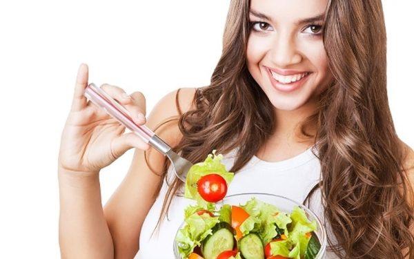 5 أطعمة تخلصك من السموم الموجودة في جسمك