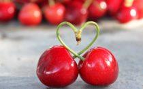 اكتشفي فوائد الكرز الأحمر المذهلة لصحتك