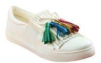Shoe Mart تطلق مجموعة أحذية باللون الأبيض