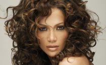 طريقة تجعيد الشعر الناعم