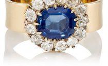 خواتم ذهبية مرصعة بأحجار الياقوت الأزرق…فخامة مميزة