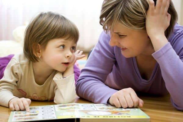 كيف تجعلين طفلك مطيعًا دون أوامر!