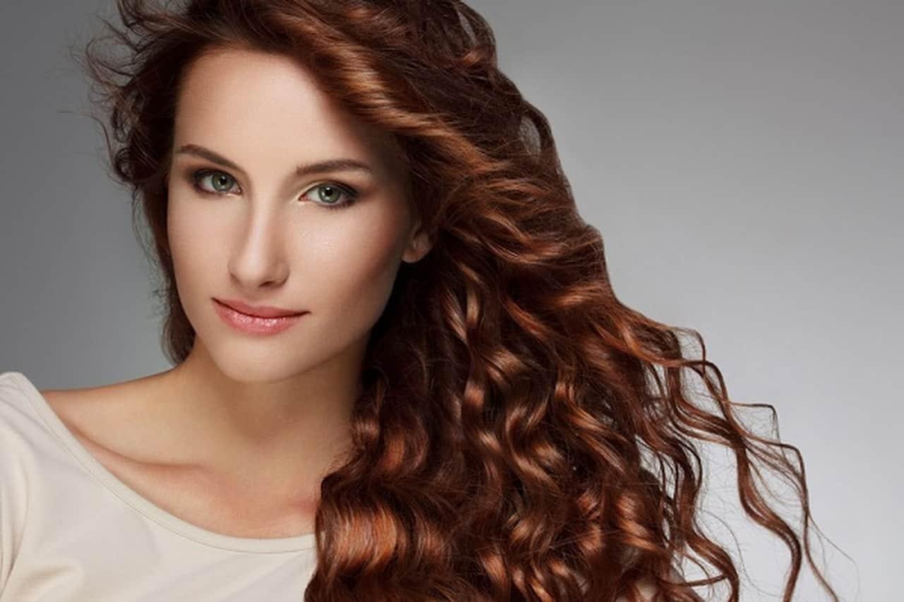 وصفات منزلية لاستعادة لون الشعر الطبيعي