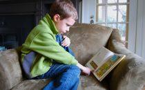 هذه الطرق ستشجع ابنك على القراءة