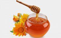 جربي وصفات العسل الأبيض لتفتيح البشرة