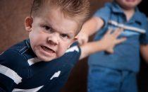 طفلي عدواني كيف أتصرف؟