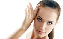 اكتشفي أسرع 4 وصفات طبيعية لتبييض الوجه