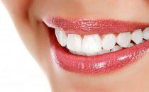 وصفات طبيعية سهلة التحضير تخلصك من اصفرار الأسنان