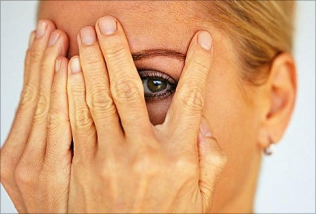 وصفات طبيعية لمعالجة تجاعيد اليدين