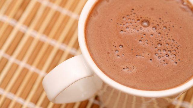 طريقة تجهيز السحلب بالشوكولاته