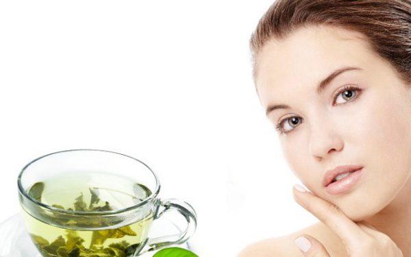 ماسكات الشاي الأخضر لبشرة مشرقة في العيد