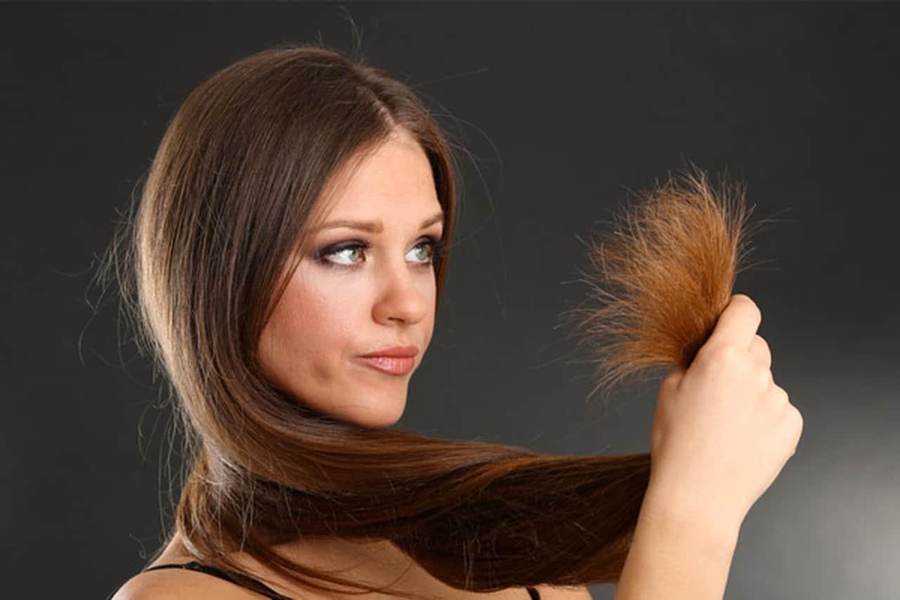 علاجات طبيعية لتقصف الشعر.. جربيها