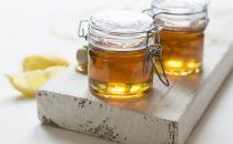 5 وصفات بالعسل الأبيض لتفتيح البشرة