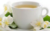 الشاي الأبيض كنز من الفوائد الصحية والجمالية .. اكتشفيها