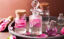 ماء الورد للعناية ببشرتك
