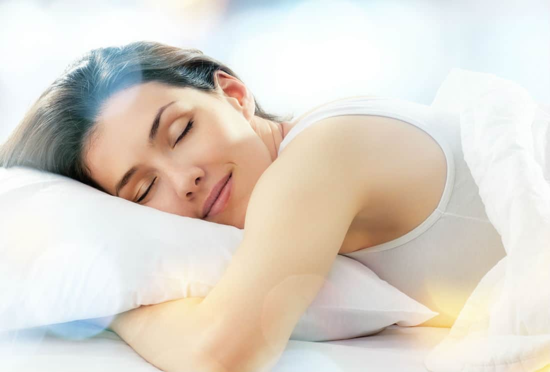 مشروبات طبيعية تساعد على النوم بشكل أفضل