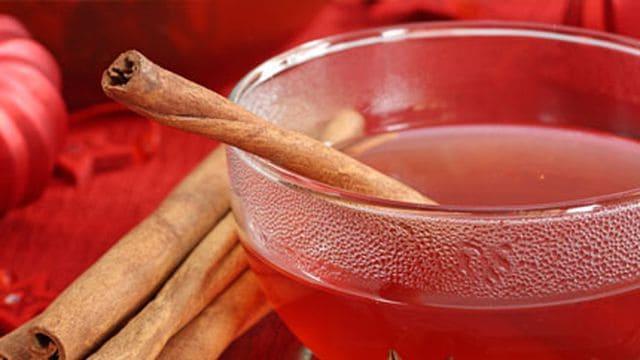 طرق مميزة لتناول الشاي مع القرفة