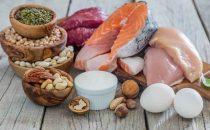 أطعمة غنية بالبروتيين لا تستغني عنها ضمن الريجيم