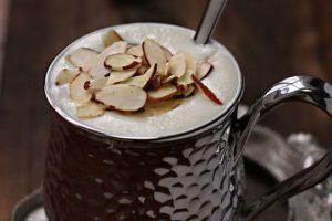 أعدي قهوة اللوز الحجازية