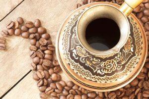 طريقة تجهيز القهوة العربية بالزعفران