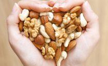 9 أطعمة تعزز صحة القلب مع التقدم في السن
