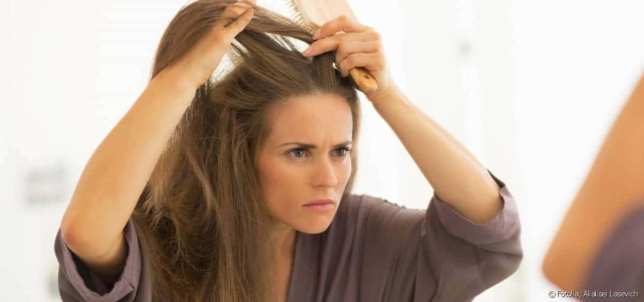 بهذه الطرق تمنعين ظهور الشعر الأبيض باكرًا