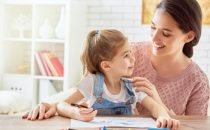 تعلمي فن التعامل مع طفلك من خلال هذا المقال
