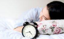 كيف تستطيعين إنقاص الوزن أثناء النوم؟