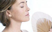 كيف تتجنبين التأثيرات السلبية لسن اليأس؟