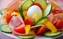 مكونات غذائية تزيدك جمالا بشكل طبيعي…اكتشفي ماهي؟