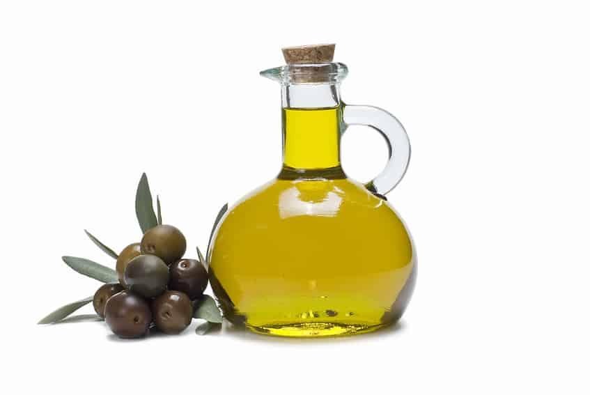 فوائد زيت الزيتون للعناية بصحتك