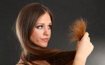 أقنعة طبيعية للعناية بجمال شعرك وعلاج تقصف أطرافه