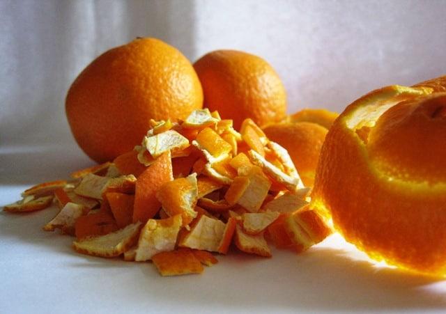 إليك خلطات قشور البرتقال لتفتيح البشرة