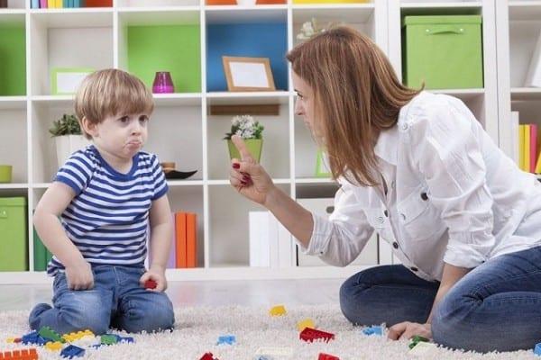 إليك طريقة تعديل سلوك الطفل السلبي