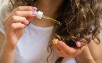 اكتشفي فوائد السيروم للحصول على شعر صحي