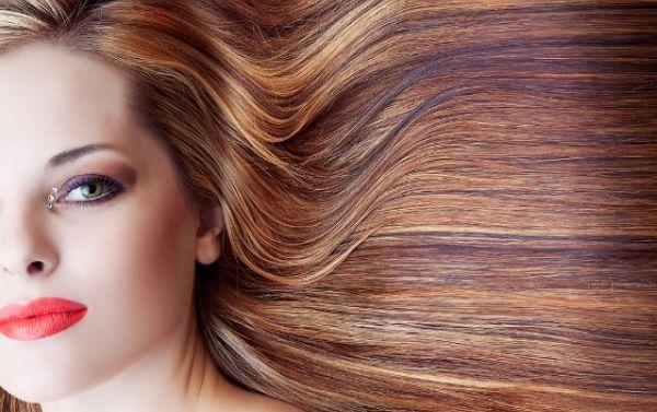 خلطات طبيعية لترطيب الشعر بعد الصبغة