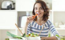 أطعمة صحية يجب تناولها خلال الدورة الشهرية