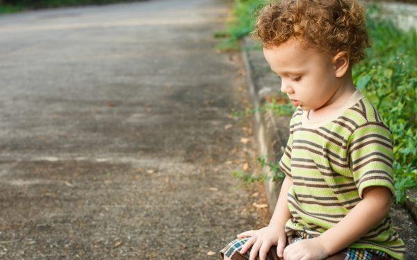 هذه الإشارات تدل على إصابة طفلك بالاكتئاب!