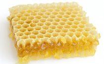 تعرفي على فوائد شمع العسل للبشرة