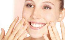 كيف يمكن التخلص من تجاعيد الفم؟