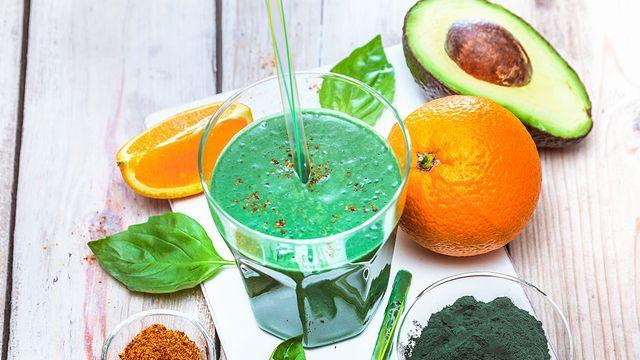 مشروب الديتوكس الأخضر للتخلص من السموم