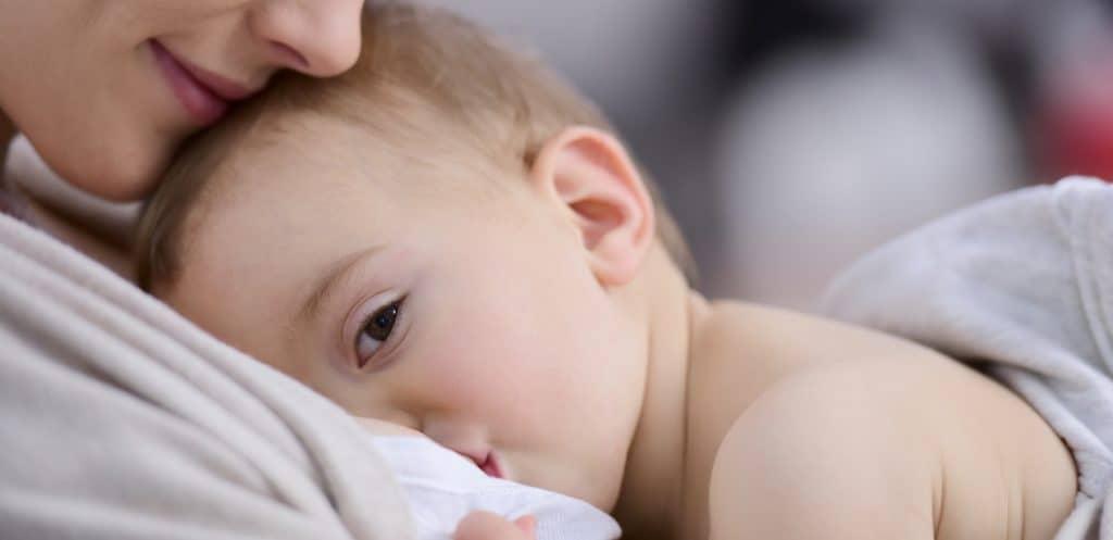 طريقة علاج تشقق حلمة الثدي عند الرضاعة الطبيعية مجلة سيدات الامارات