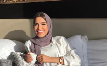 للمحجبات: لفات حجاب نيود لإطلالة رمضانية ناعمة