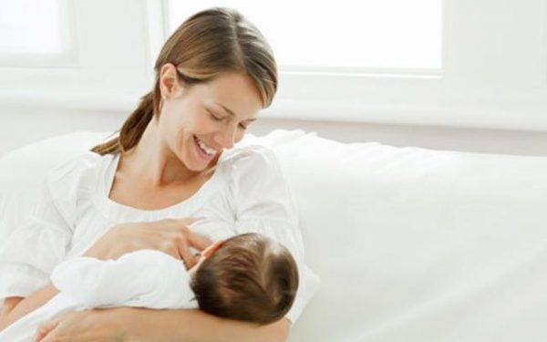 أمور ضرورية بعد إرضاع الطفل.. تعرفي عليها
