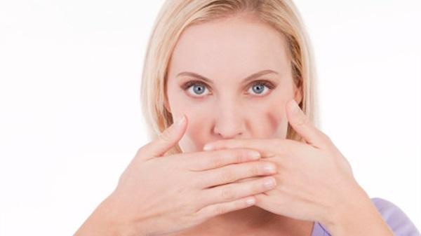 روائح الفم الكريهة في رمضان