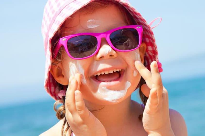 دليلك الشامل لحماية البشرة من أضرار أشعة الشمس