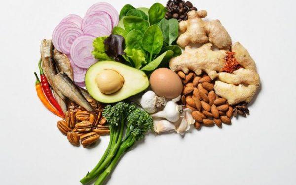 هذه الأطعمة تعزز من صحة الدماغ.. اكتشفيها