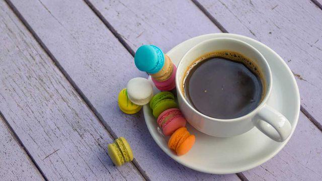 طريقة تجهيز قهوة فرنسية بالبندق